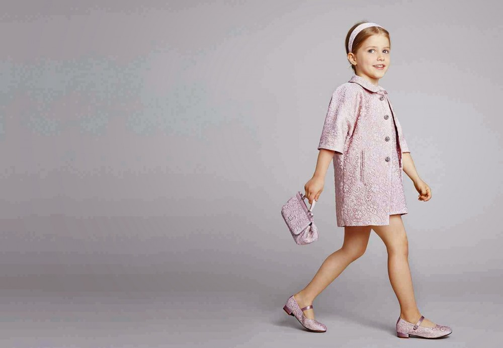 Ezüst cumi 48 millió, tütü szoknya 510ezer - Ilyen a gyerekdivat, ha luxus