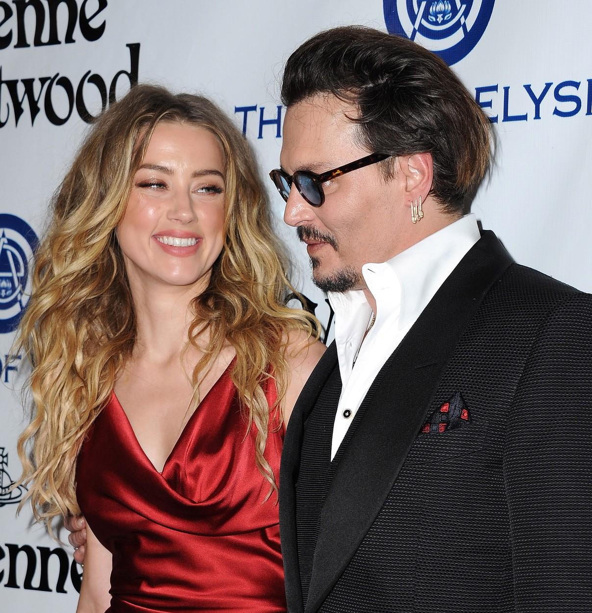 Drog, verés, alkohol - Amber Heard és Johnny Depp kapcsolata és válása 10 pontban