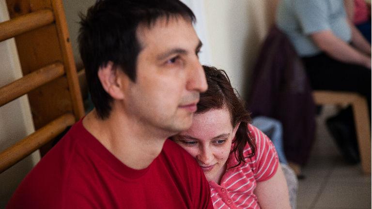 Így él önálló(bb) életet az értelmi fogyatékos szerelmespár