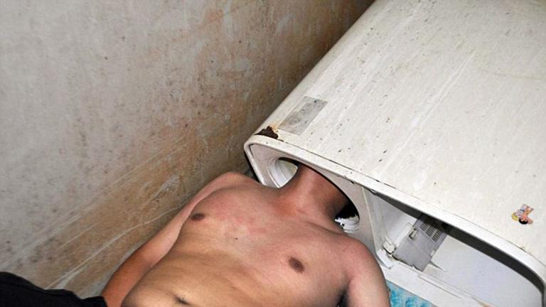 Mosógépbe szorult a férfi feje - a tűzoltók mentették ki