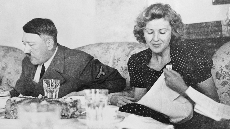 Adolf Hitler és Eva Braun