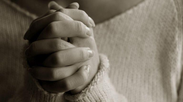 A templomba járás véd az öngyilkosságtól