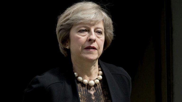 Eldőlt: Theresa May lesz a brit miniszterelnök
