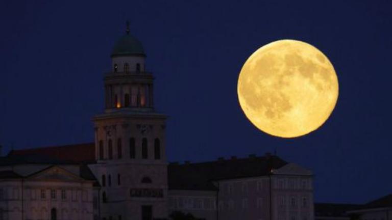 Ez történik ma, a Holdraszállás napján