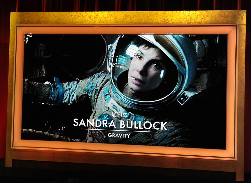 Sandra Bullock 52 éves és élvezi