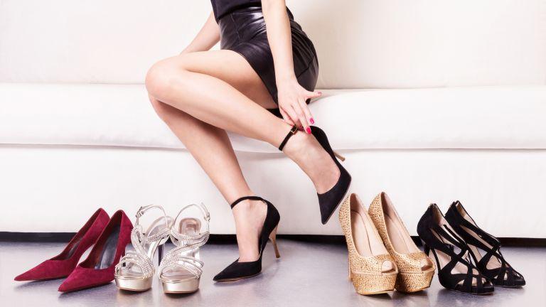 A magas sarkú cipő már rákot is okozhat