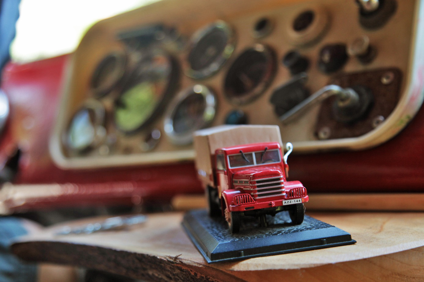 Egy mesés Csepel teherautó és egy külföldi házaspár, akik beleszerettek egy magyar faluba