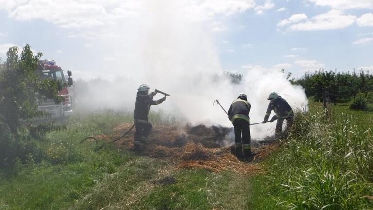 Katasztrófát előztek meg a siófoki tűzoltók - fotók