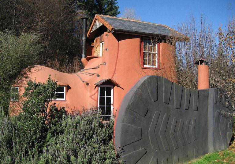Kétszemélyes bakancsház Tasmániában. Az éjszakénkénti 249 dolláros árban reggeli is van
