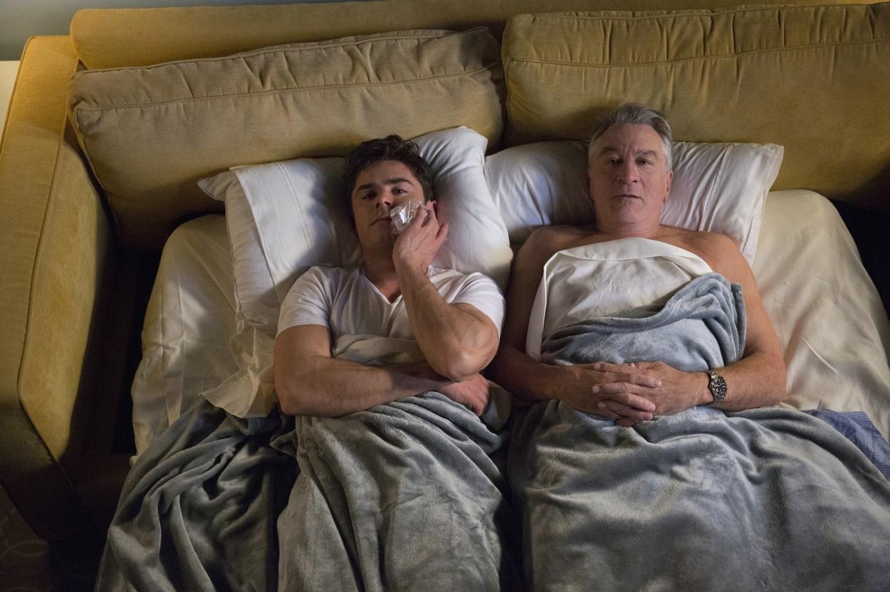 73 éves Robert De Niro, aki filmjeibe belecsempészi a magánéletét