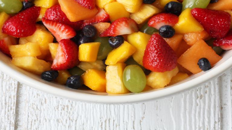 5 tipp, hogy még finomabb legyen a gyümölcssalátád