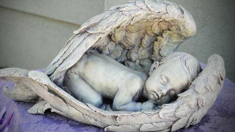 Egy hétre egy dobozban felejtették a halott babát a kórházi dolgozók