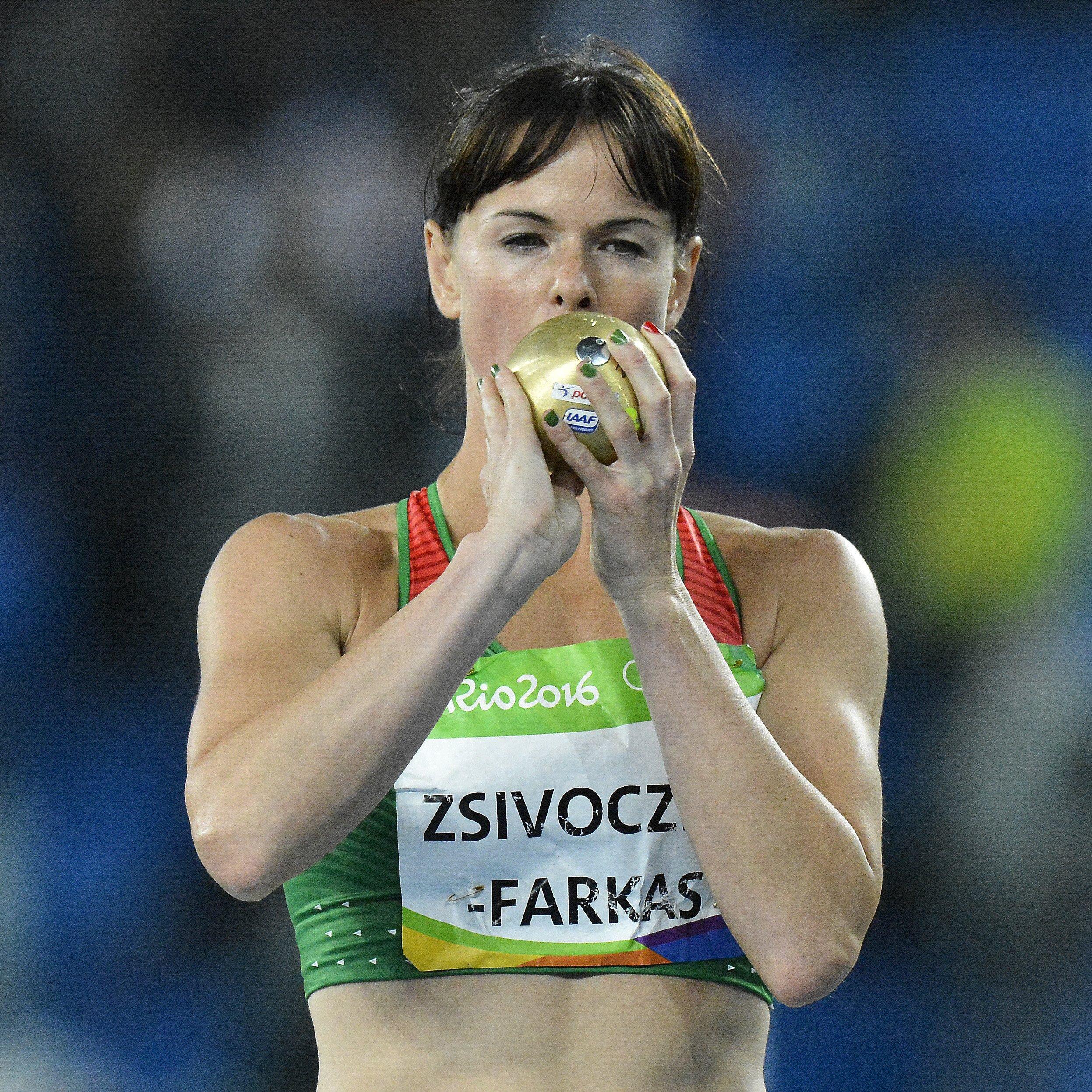 Zsivoczky-Farkas Györgyi a riói nyári olimpia női hétpróba súlylökés versenyszámába (Fotó: MTI)