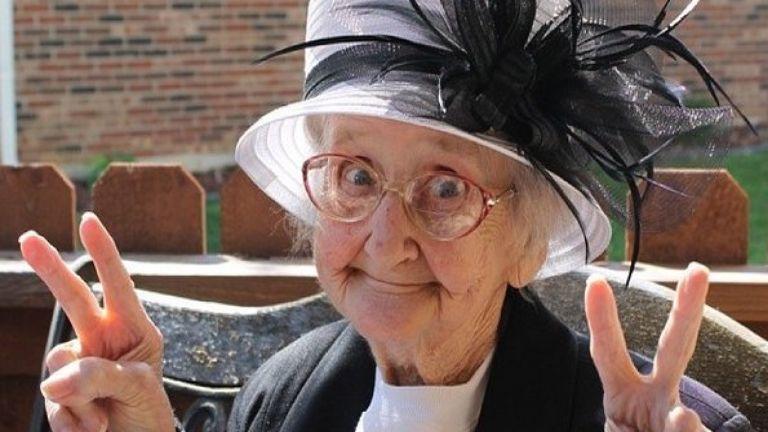Börtönbe került a nagymama, mert megölelte unokáját