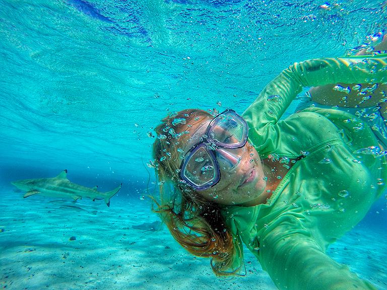 Merülés Bora Borán, izgalmas társaságban (Fotó: Wynne-Hughes Veronika)