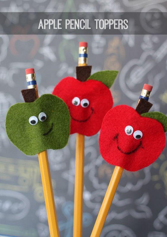 A kis elsősök az almás ceruzadíszeket biztosan szeretni fogják!