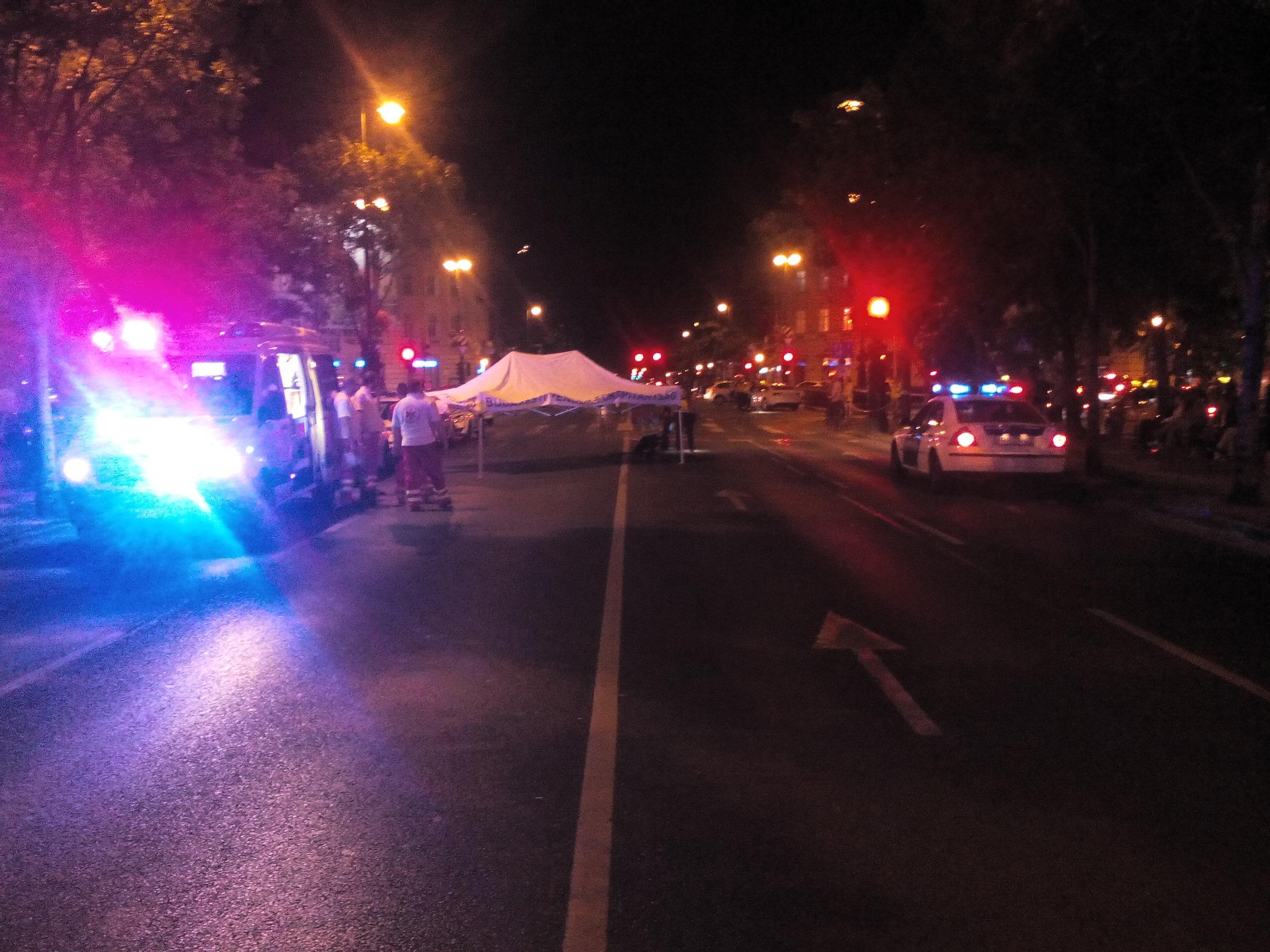 Halálra gázoltak egy embert a budapesti Andrássy úton