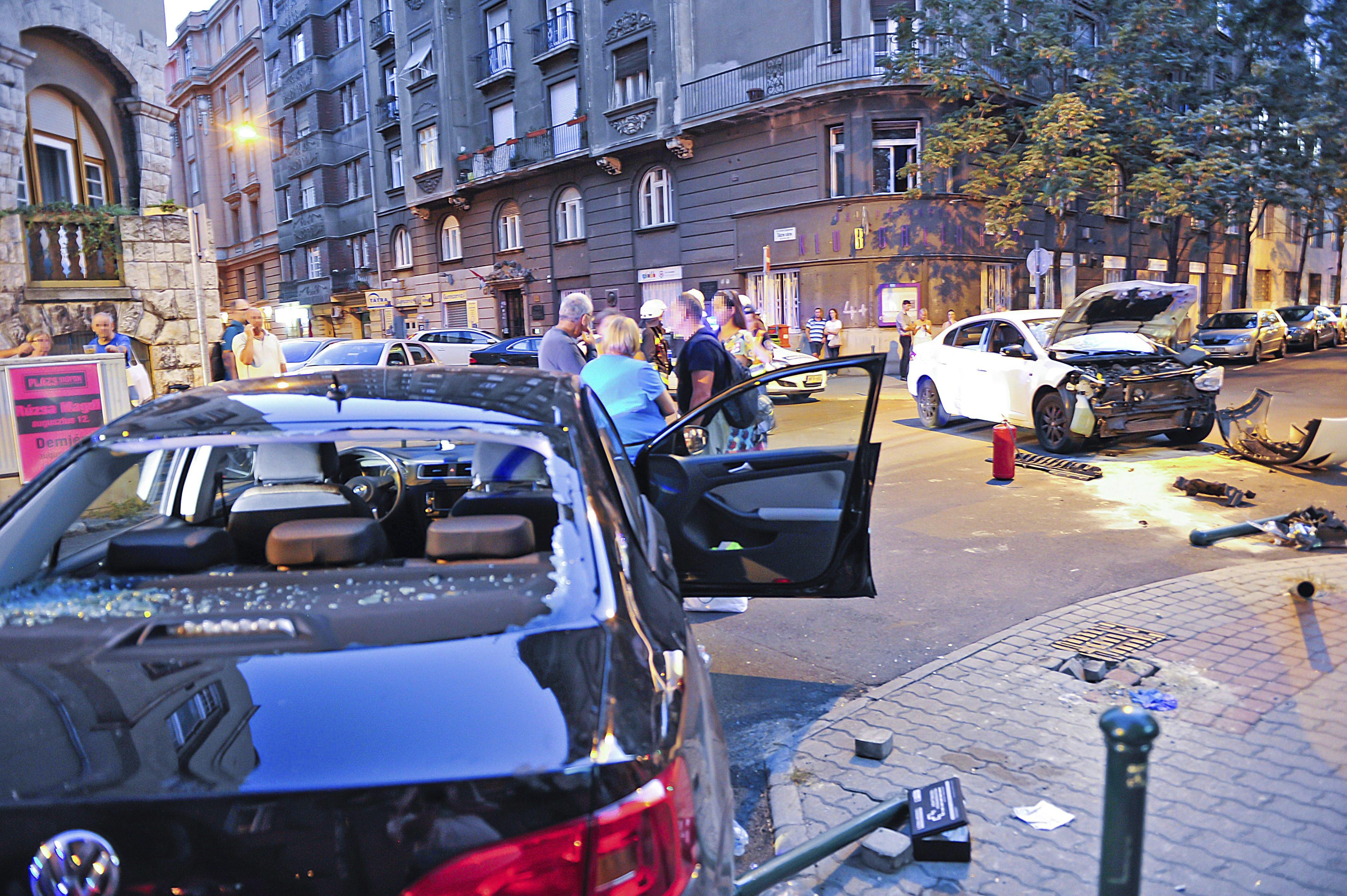 Horrorbaleset a XIII. kerületben - fotók