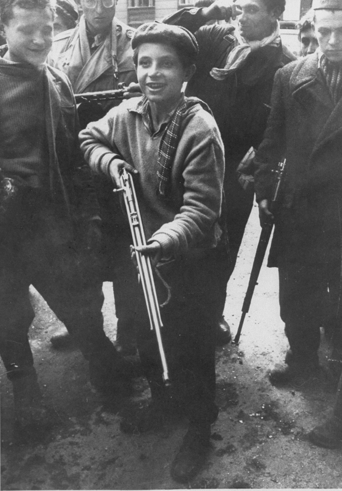 1956: Ők voltak a forradalom gyermekei – archív fotók