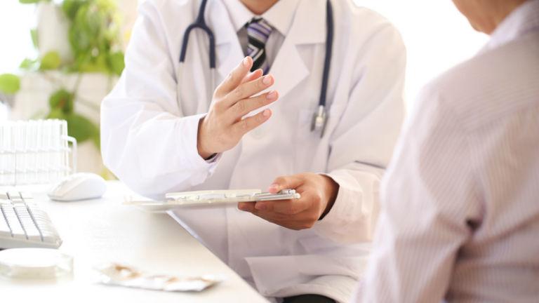 Visszaküldte a hálapénzt az orvos – a család nem hagyja annyiban