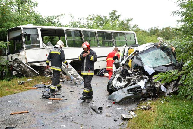 Halállal végződött az iskolabusz balesete