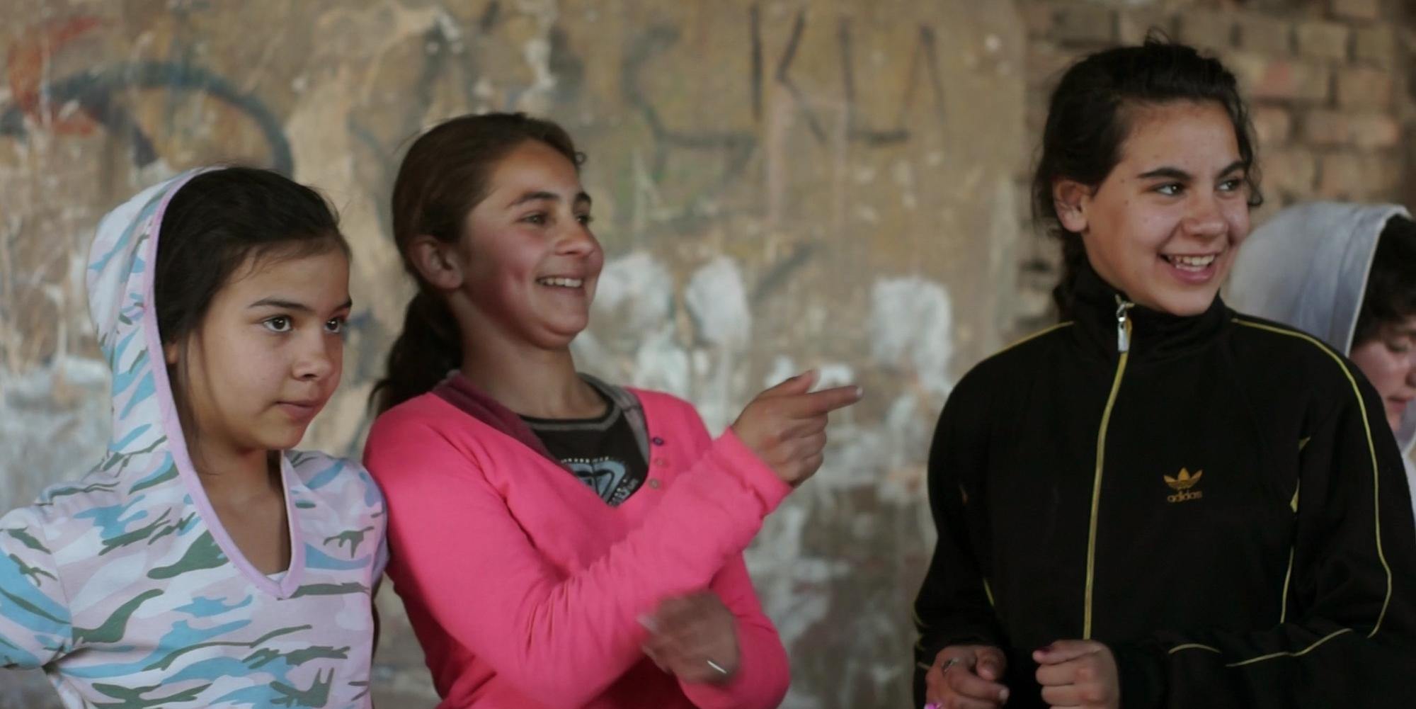 Orsós János buddhista gimit nyitott roma gyerekeknek Sajókazán