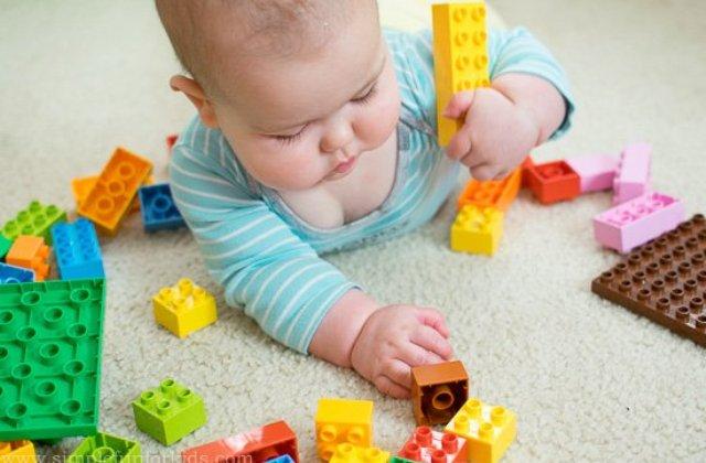 5 univerzális fejlesztő játék 1-3 év közötti gyerekeknek