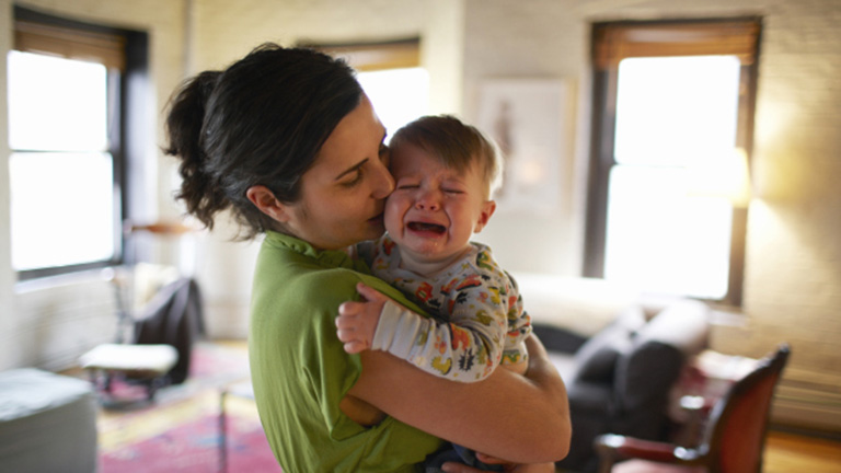 5 kérdés, amivel minden friss szülőt halálra lehet idegesíteni