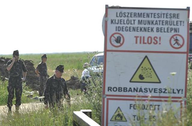 Hortobágyi robbanás: elővigyázatlanság okozhatta a tűzszerészek halálát