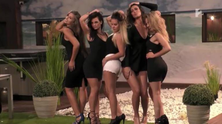Nánási Pál szexi pózokban fotózta a Star Academy lányokat