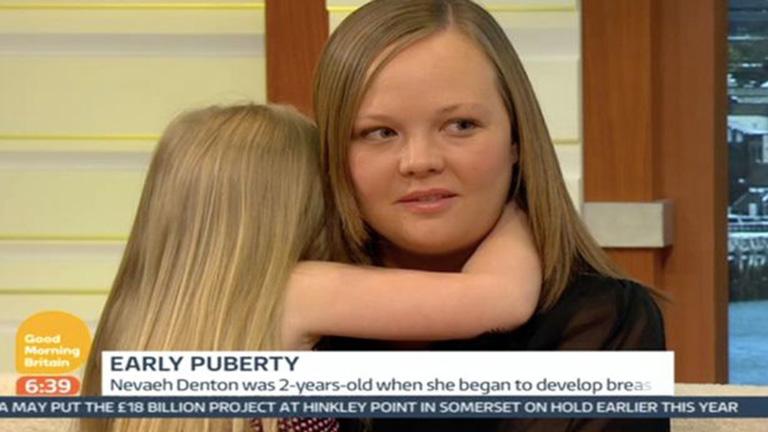 Kiakadtak az anyukára, aki négyéves lányát mutogatja a tévében