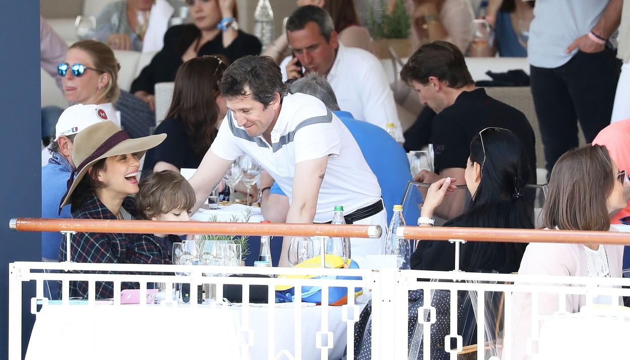 A nő, aki elszerette Brad Pittet Angelina Jolie-tól: Marion Cotillard