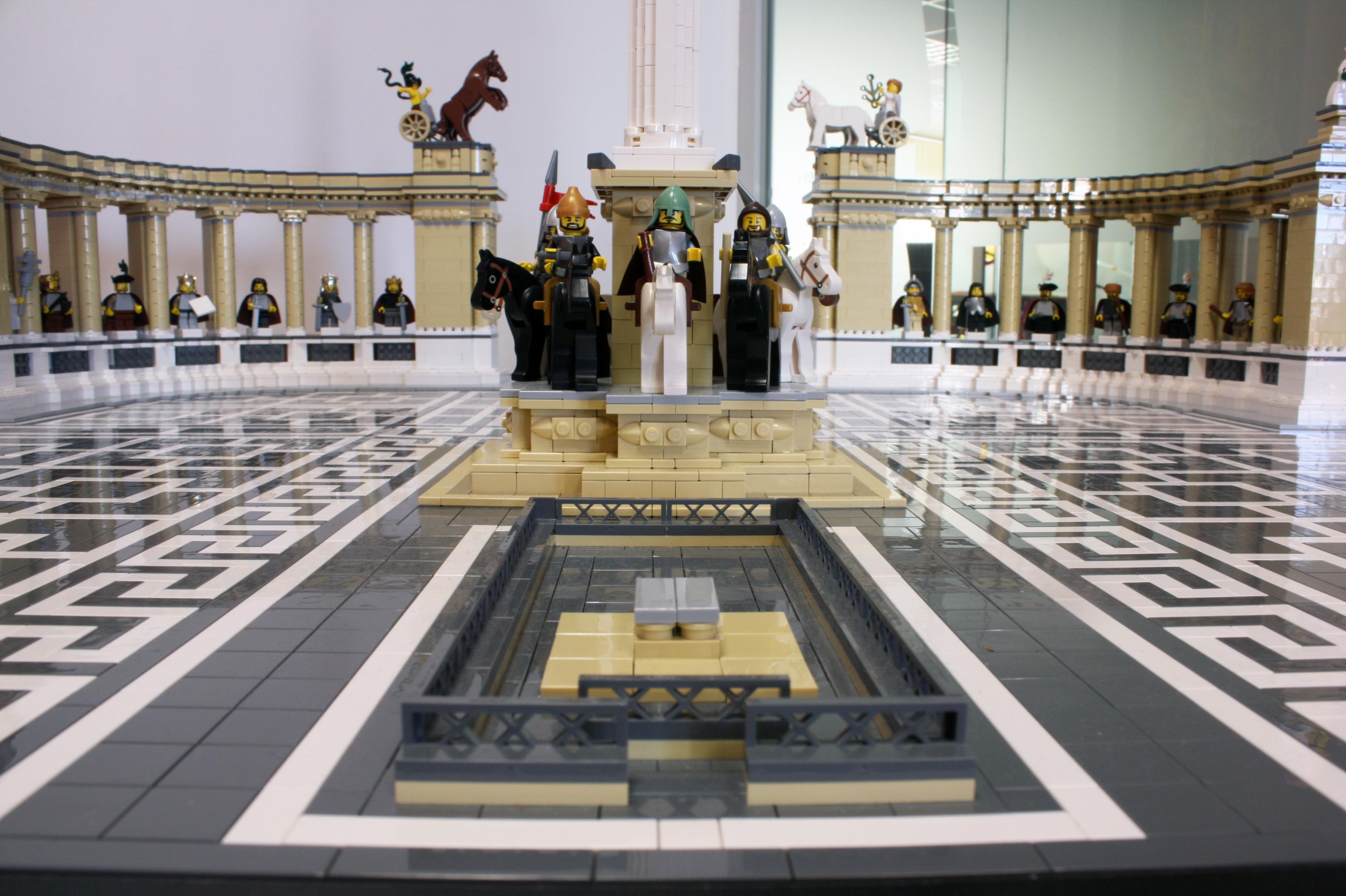 Közel 20 ezer LEGO kockából épültek fel a magyar nevezetességek