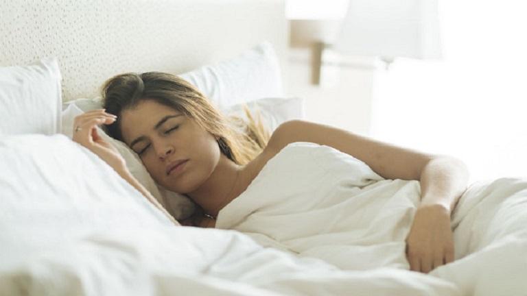 az alvás valóban segít a fogyásban
