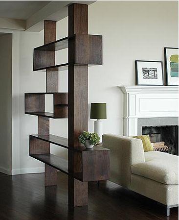 Légies, egyszerű, és tökéletesen illik a lakáshoz. Ilyen egy igazi térelválasztó.