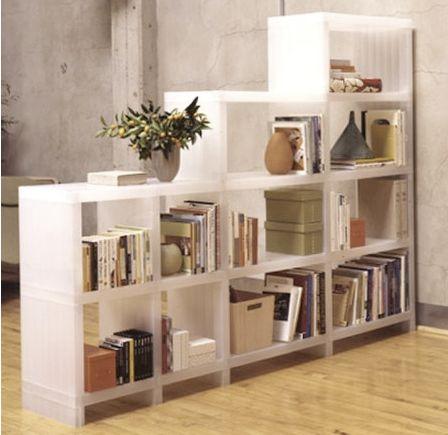 örökzöld megoldás: a könyvespolc.