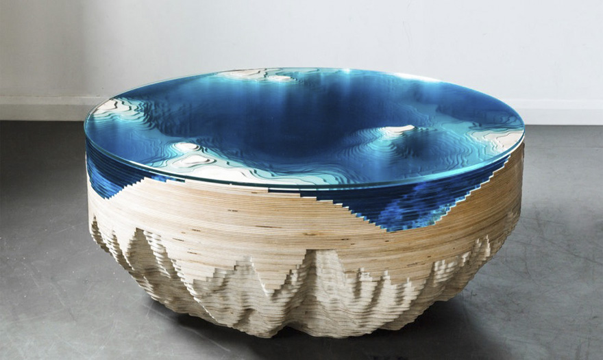 A dizájnos dohányzóasztalban lenézhetsz az óceán fenekére