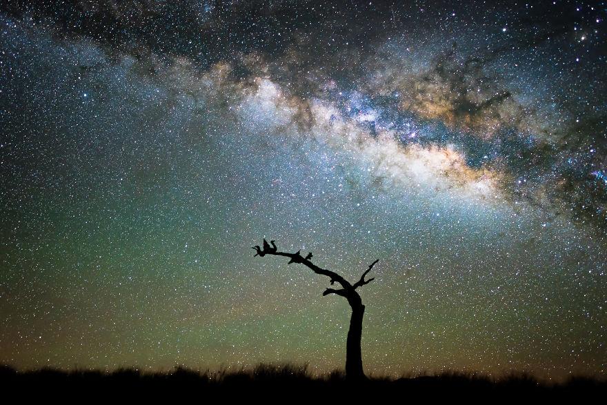 Gyönyörködj te is a Hawaii fölötti csillagos égboltban - káprázatos fotók a Tejútrendszerről