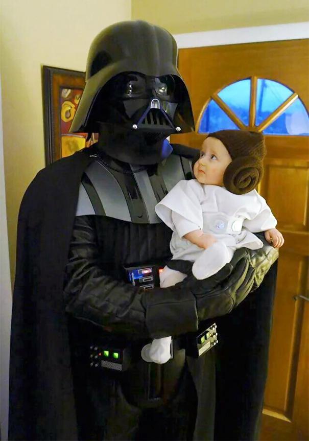 A legjobb apa-gyerek jelmezek halloweenra - vicces fotók