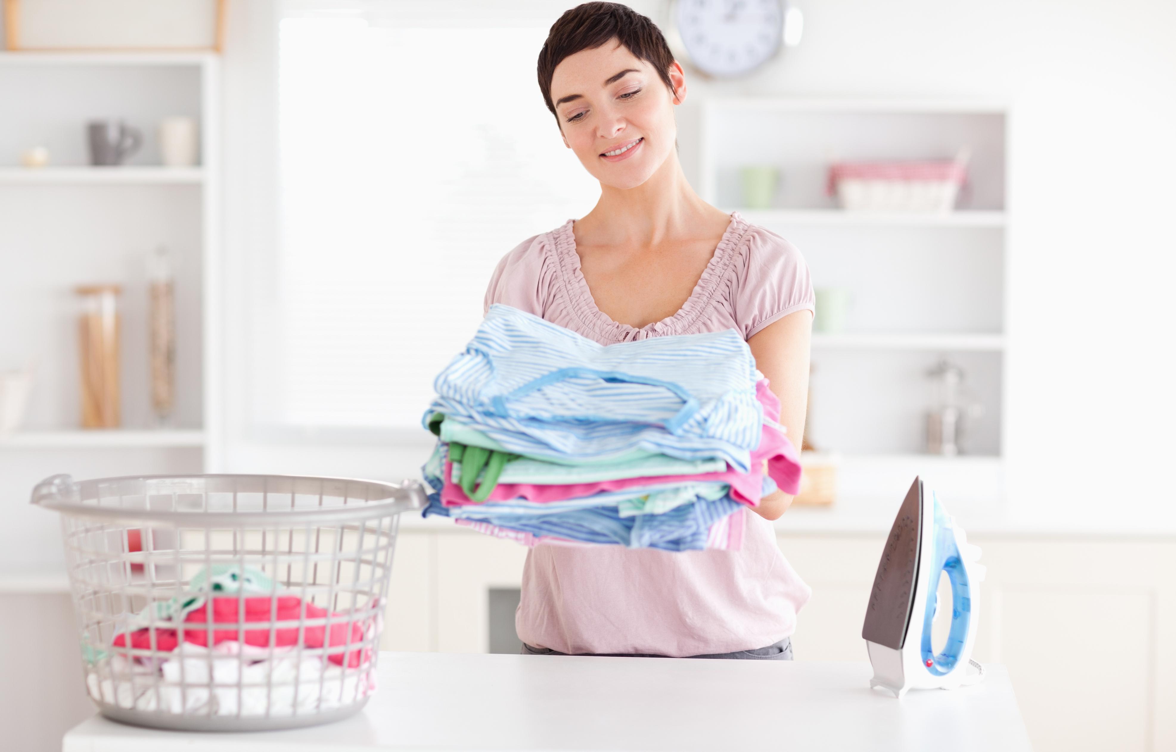 Unod, hogy mosószerfoltosak maradnak a ruháid? - Így adagold a mosószert – trükkök és praktikák