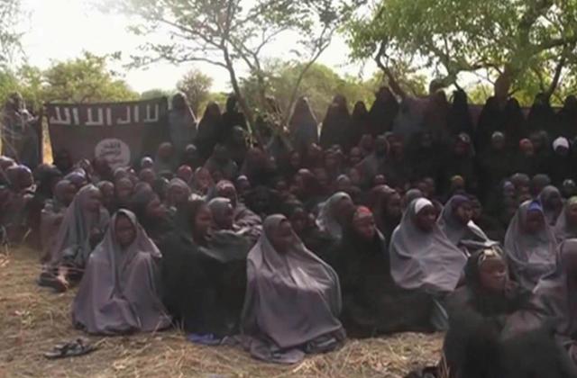 21 elrabolt diáklány szabadult ki a terroristák fogságából