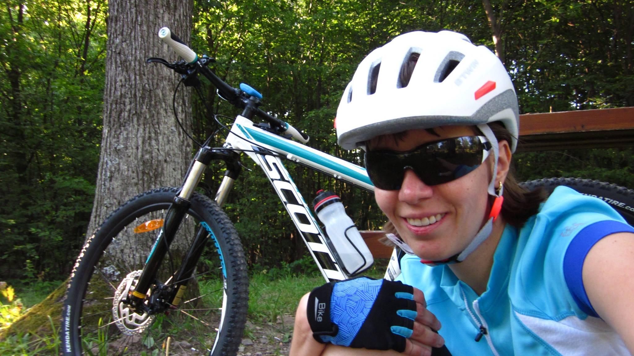Mariann és a bringája