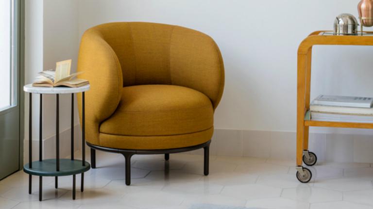 Biztonságot nyújtó ölelő bútorok