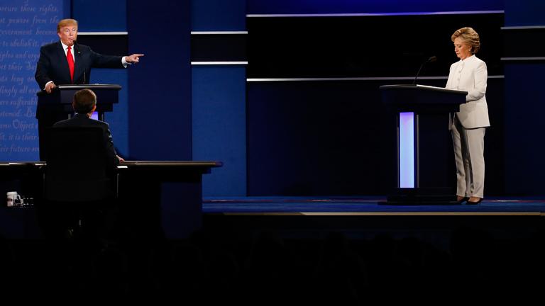 A két jelölt nagyon távolságtartó volt