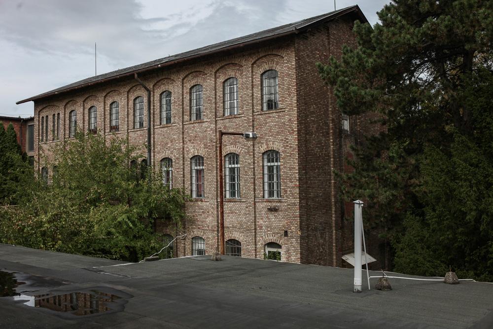 Így néz ki ma a híres váci Forte gyár, amit maga George Eastman is meglátogatott