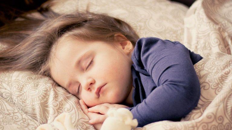 Két tipp, hogy könnyebben menjen a gyerekek altatása