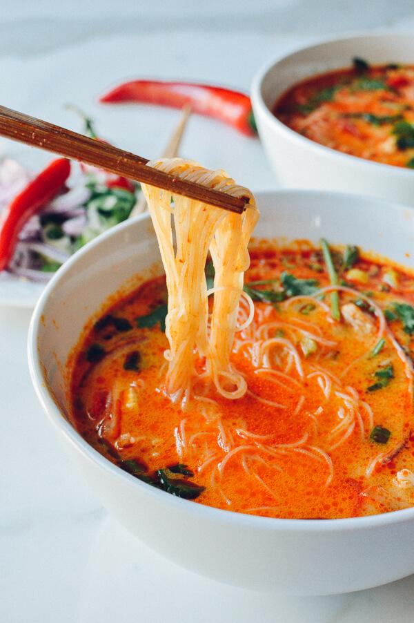 15 perces kókuszos-csípős leves, ami felmelegít a hidegben