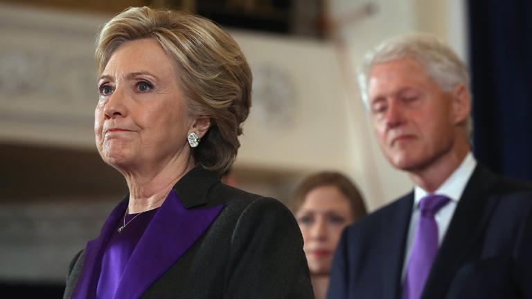 Clinton távolról sem volt ideális jelölt, de ezt még közvetlen környezete nem merte kimondani.