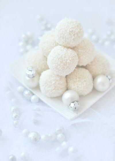 Hófehér karácsonyi desszertek