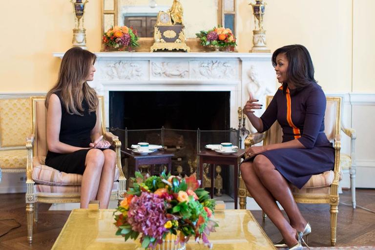 Melania Trump és Michelle Obama találkozója a Fehér Házban (Fotó: Chuck Kennedy/White House)